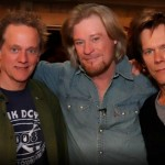 Daryl Hall and Kevin Bacon cover Weller