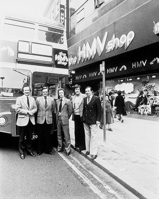 HMV Bus