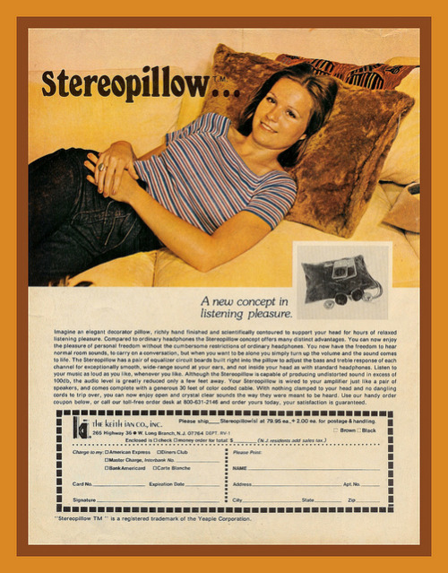 stereo pillow