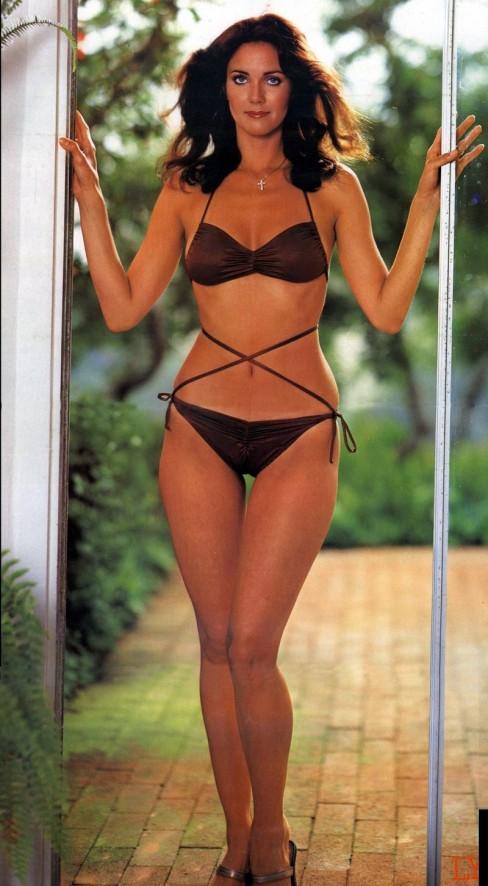 lynda-carter-bikini