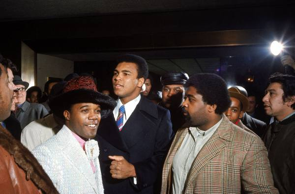 muhammad-ali-fans-at-madison-square-garden-1970