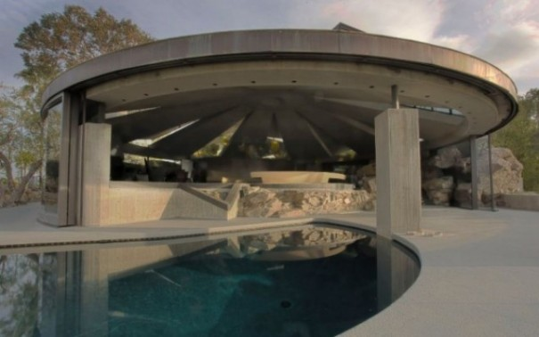 The Ultimate Bachelor Pad - James Bond House