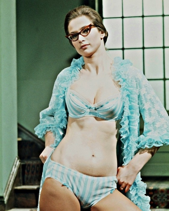 valerie leon glasses