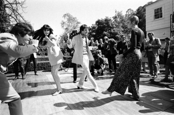 Twiggy with Sonny and Cher