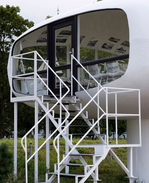 Space Age Lifeguard Station