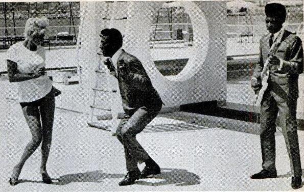Jayne Mansfield Dancing