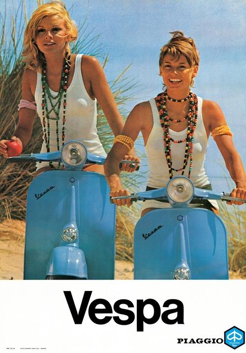 Vespa Girls