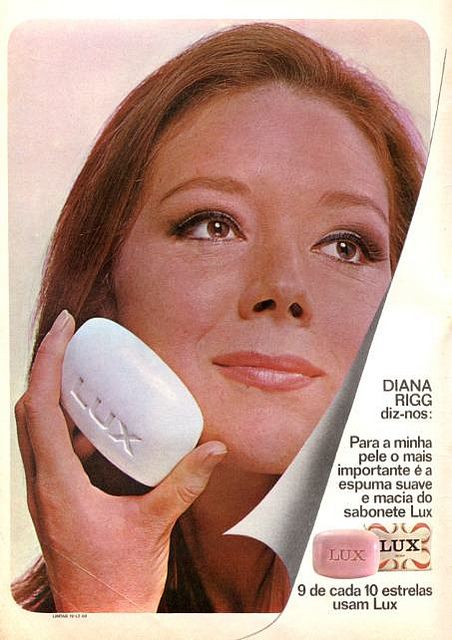 diana rigg lux